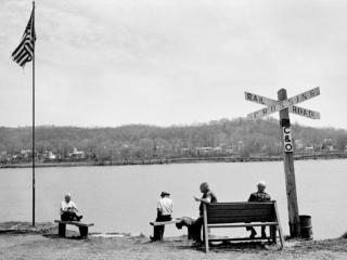 RR Crossing Ohio River 1978