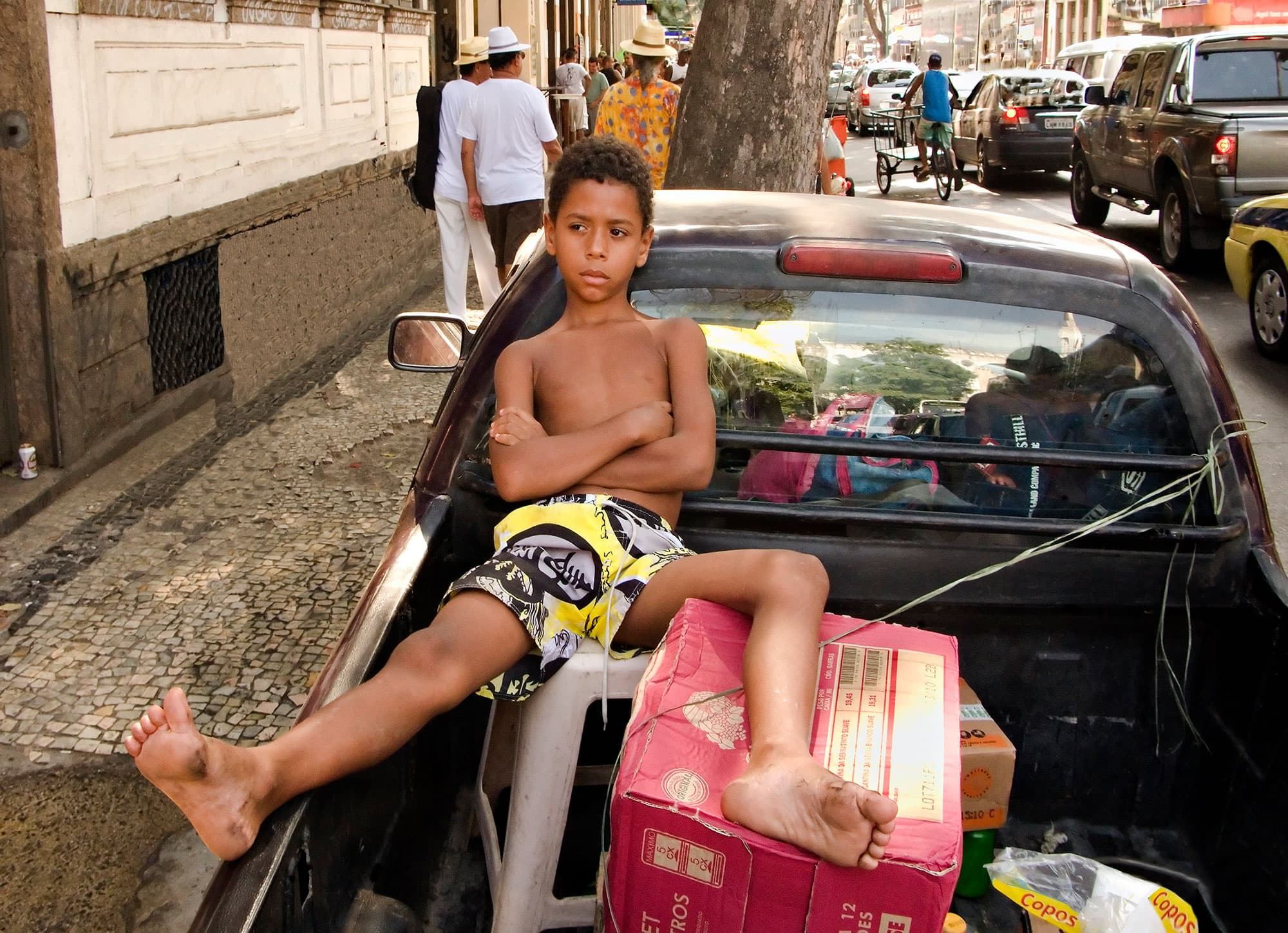 Boy-in-Pickup-Rio-2010-arthur-lazar