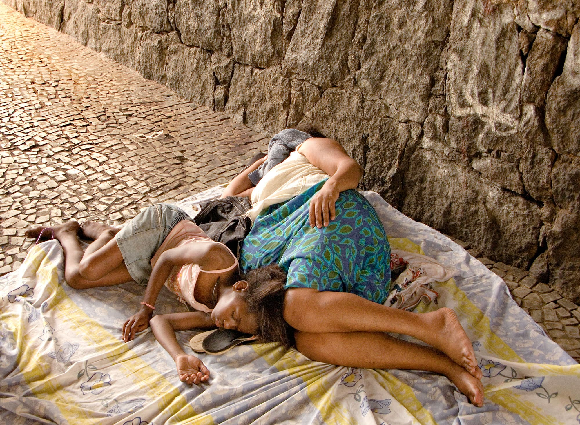 arthur-lazar-Mother-and-Child-Rio-2009