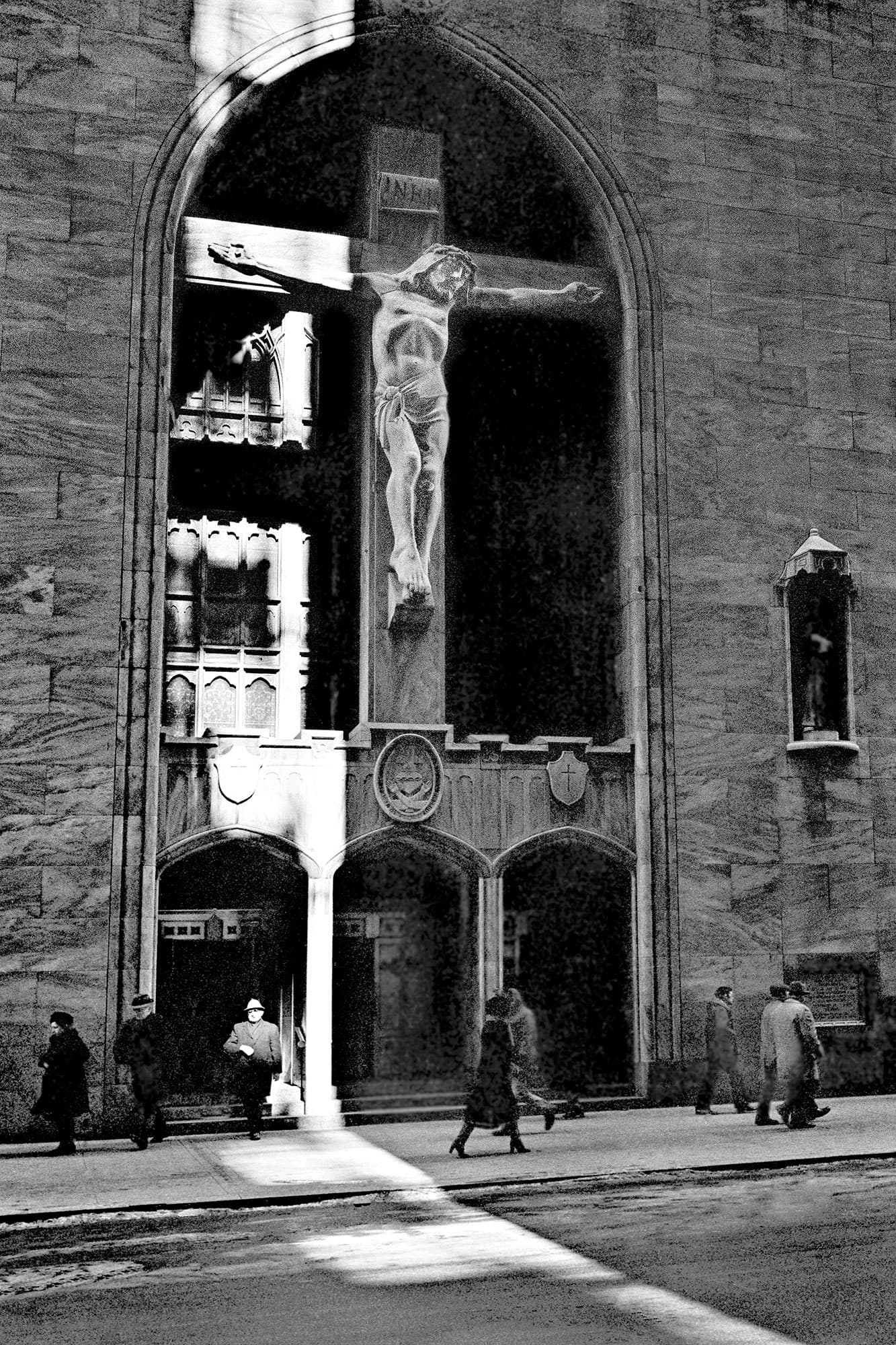 arthur-lazar-St.-Peters-Church-1977