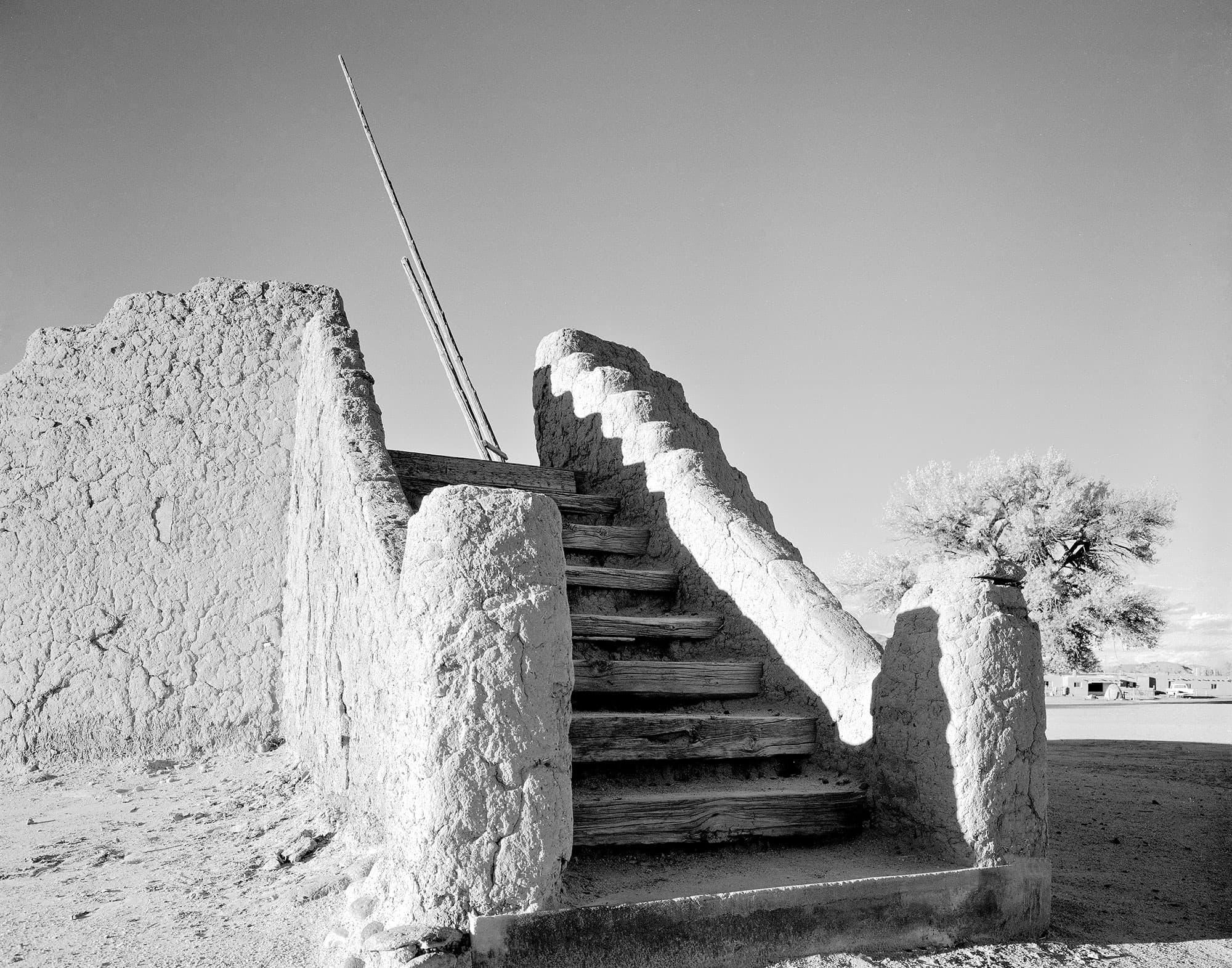 arthur-lazar-Kiva-San-Ildefonso-NM-1980
