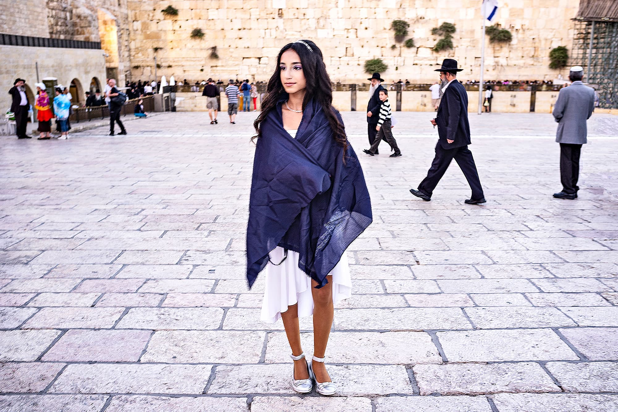 arthur-lazar-Young-Woman-Western-Wall